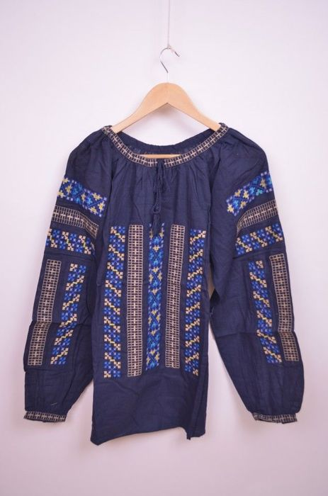 Poze Bluza traditionala de dama, cu broderie cu trandafiri