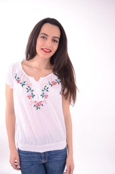 Bluză stil ie, cu broderie florala colorată