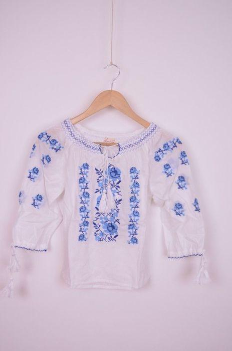 Poze Bluza traditionala de fetita, cu broderie albastra