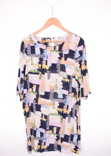 Rochie din vascoza, cu imprimeu colorat