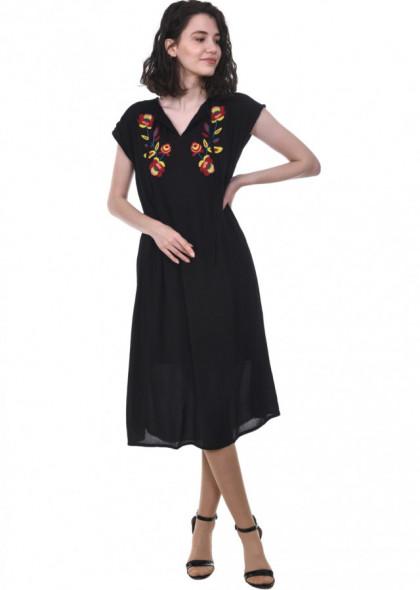 Rochie Newt cu broderie florala, din vascoza, negru