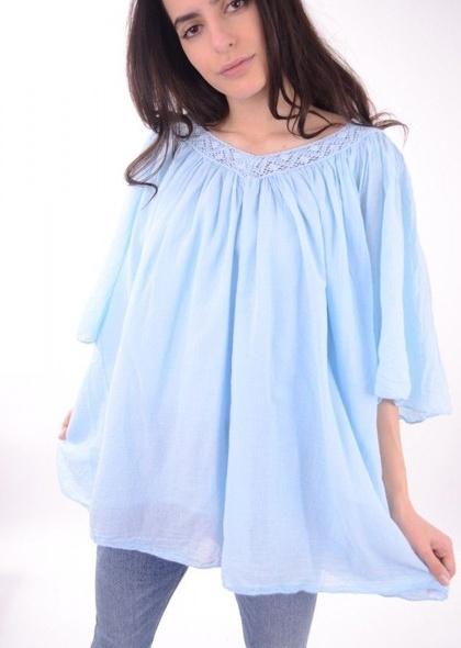 Bluza de dama, cu decolteu in V