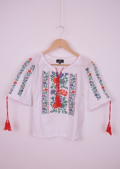 Bluza de fetite, traditionala, cu broderie florala colorata