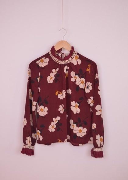 Bluza de dama, cu imprimeu floral