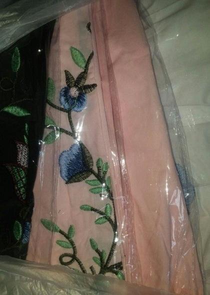 Camasa de dama, cu broderie florala colorata