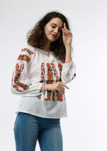 Bluza de dama cu broderie colorata