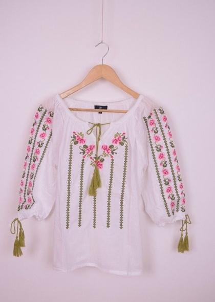 Bluza de dama, traditionala, cu broderie