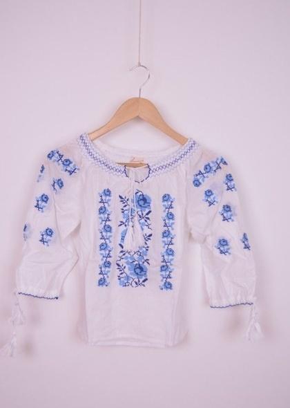 Bluza traditionala de fetita, cu broderie albastra