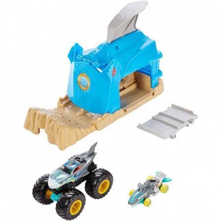 Pista de masini Hot Wheels by Mattel Monster Truck Pit and Launch Shark Wreak cu 2 masinute