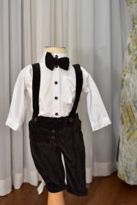Costum de botez cu pantalon din catifea in dungi 4 piese