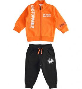 Trening de baieti cu bluza portocalie Ido