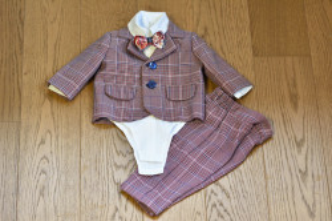 Costum de botez cu sacou si pantalon in carouri