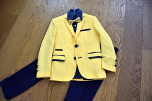 Costum elegant de baieti cu sacou galben