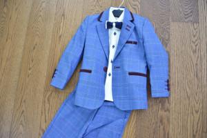 Costum in carouri pe nuante de belo pentru baieti
