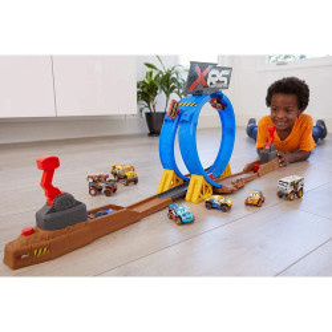 Pista de masini Disney Cars by Mattel XRS cu masinuta
