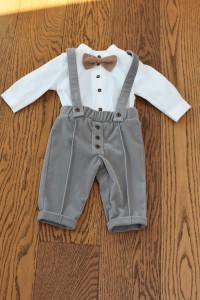 Costum de botez cu pantalon din catifea gri 4 piese
