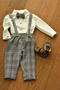 Costum cu pantalon in carouri 4 piese