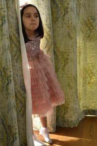 Rochii de ceremonie pentru copii roz prafuit cu volane