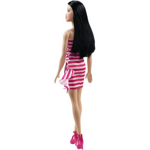 Papusa Barbie by Mattel Fashionistas cu tinuta petrecere FXL70