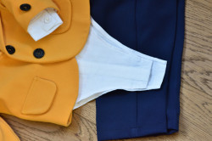 Costum de botez cu sacou galben in 5 piese