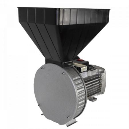 Moara cereale Gazda P80, Uruitor electric 2.5 kW Cuva Mare, 5 cutite