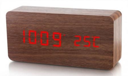 Ceas LED de birou cu carcasa din lemn
