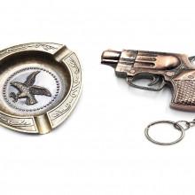 Set cadou Scrumiera cu bricheta model Pistol