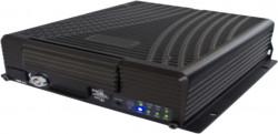 DVR AUTO CU 4 canale video 720P AHD / 960H + 1 x IPC (720P / 1080P)