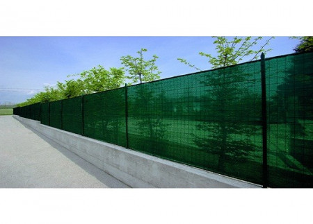 Plasa verde pentru gard 2 x 10 M, grad de umbrire 85%.