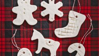 O decoratiune pe zi! Ornamente din aluat cu sare!
