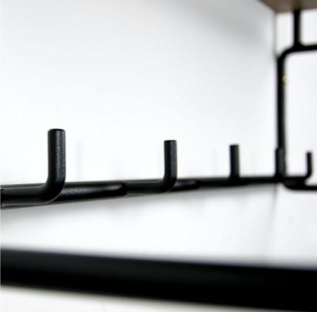 Cuier Opp III stejar/metal, maro/negru, 70 x 25 x 29 cm