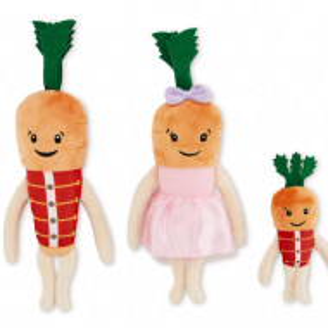 Familie 3 morcovi de plus: Chantenay, Jasper & Baby, îmbrăcați