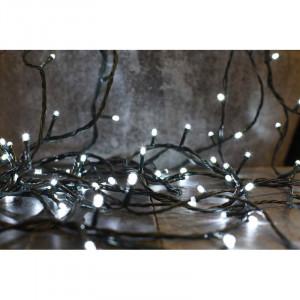 Instalatie Festive cu 480 de lumini