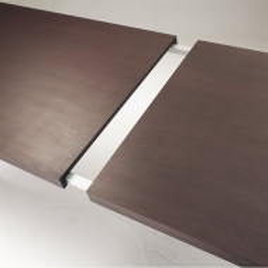 Masa extensibila in lungime si inaltime Wiltz, lemn masiv/ metal