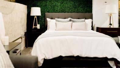 Beneficiile unui pat tapitat cu somiera rabatabila