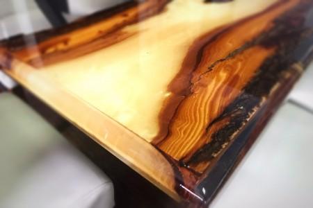 Măsă lemn de plop și rășină epoxidica, 180 x 90 x 80 modelul 2