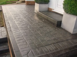 Lac acrilic pentru beton IZOCOR APB incolor 20 kg