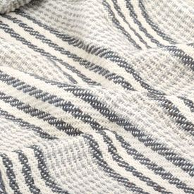 Pătură decorativă cu dungi, bumbac, 220 x 250 cm, gri și alb