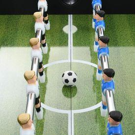 Masă de fotbal, MDF și oțel, 140 x 74,5 x 87,5 cm, negru
