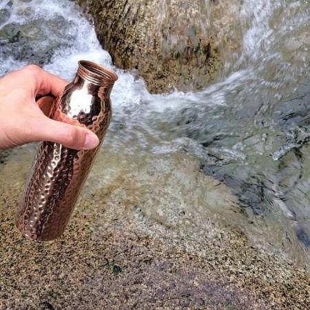 Sticla din Cupru pentru Alcalinizarea Apei, 900ml, Ayurveda