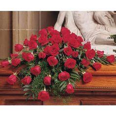 Aranjament funerar cu trandafiri rosii