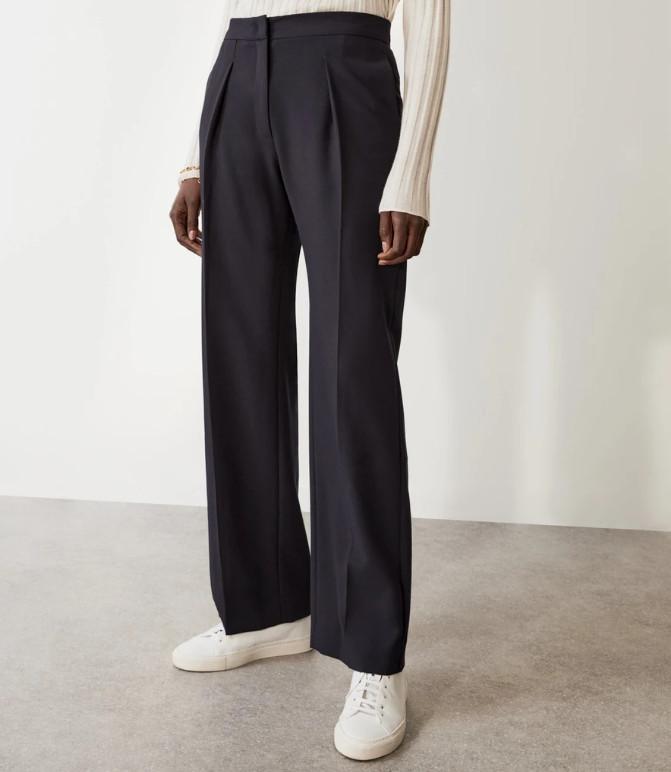 Pantaloni eleganti lejeri bleumarin