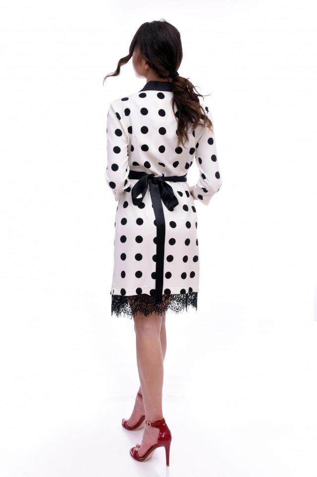 Rochie midi eleganta cu croiala petrecuta