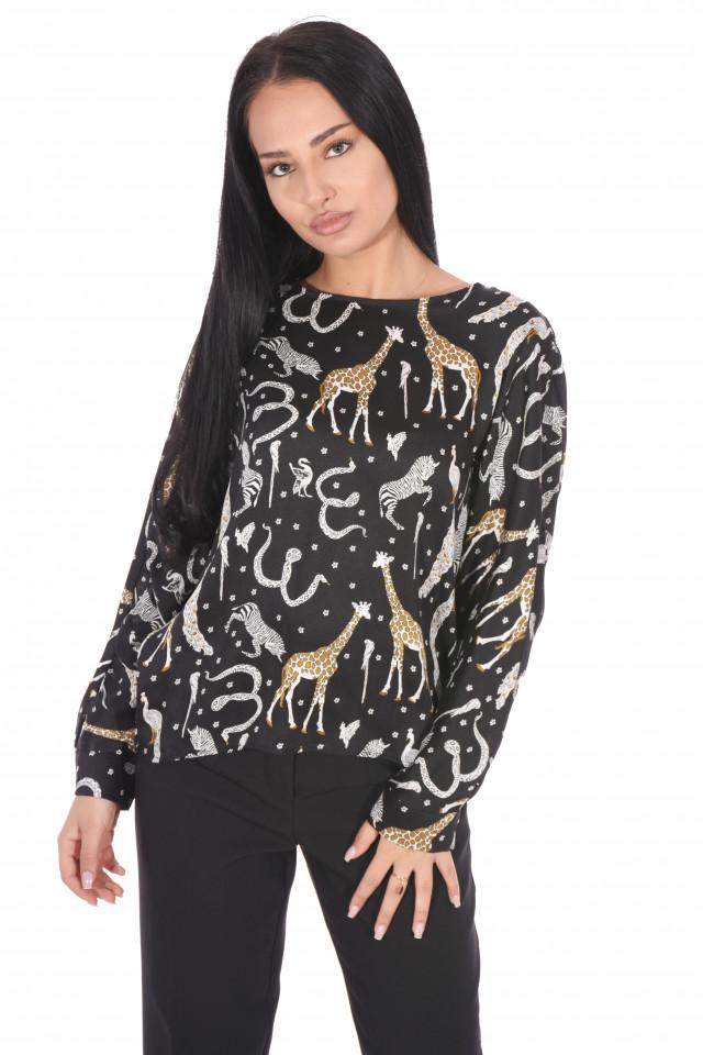 Bluza satinata cu imprimeu
