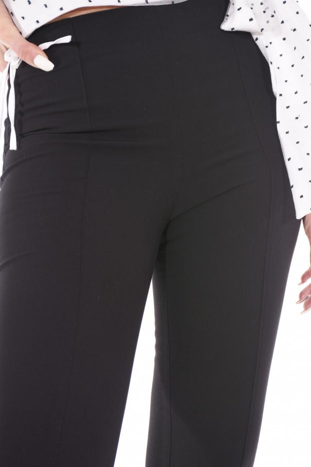 Pantaloni skinny negri eleganti