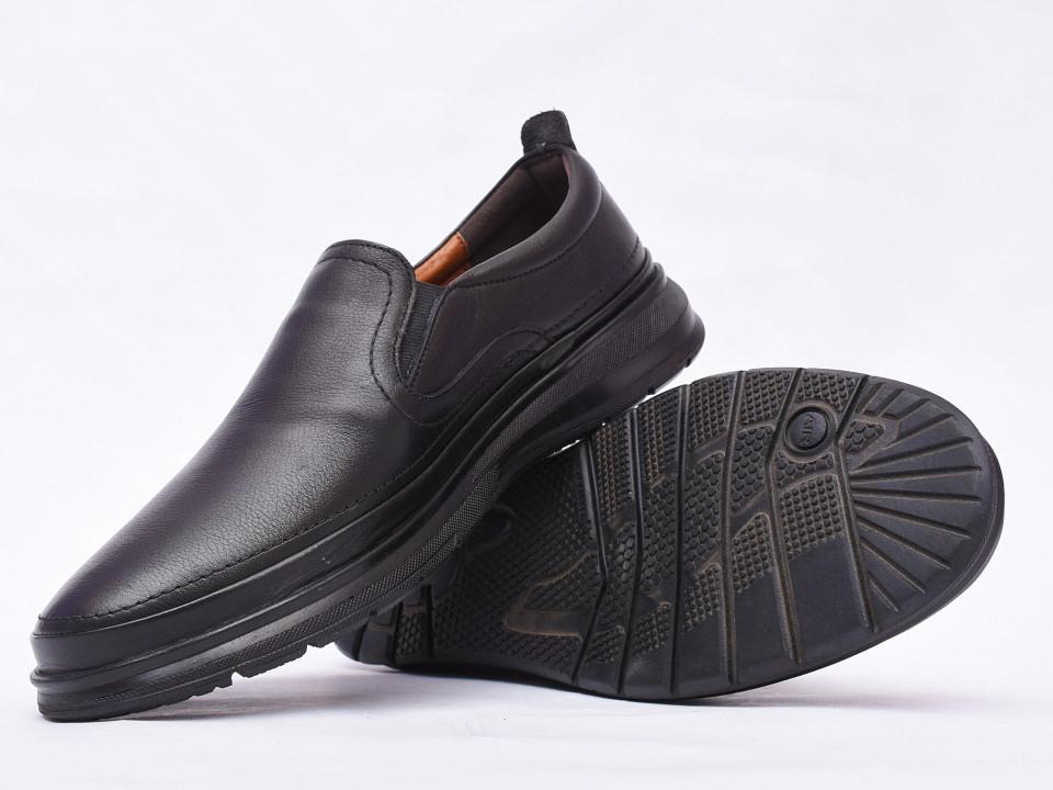 Pantofi barbati negri din piele naturala