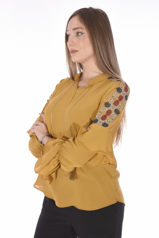 Camasa eleganta cu broderie florala pe umeri-mustar-E-