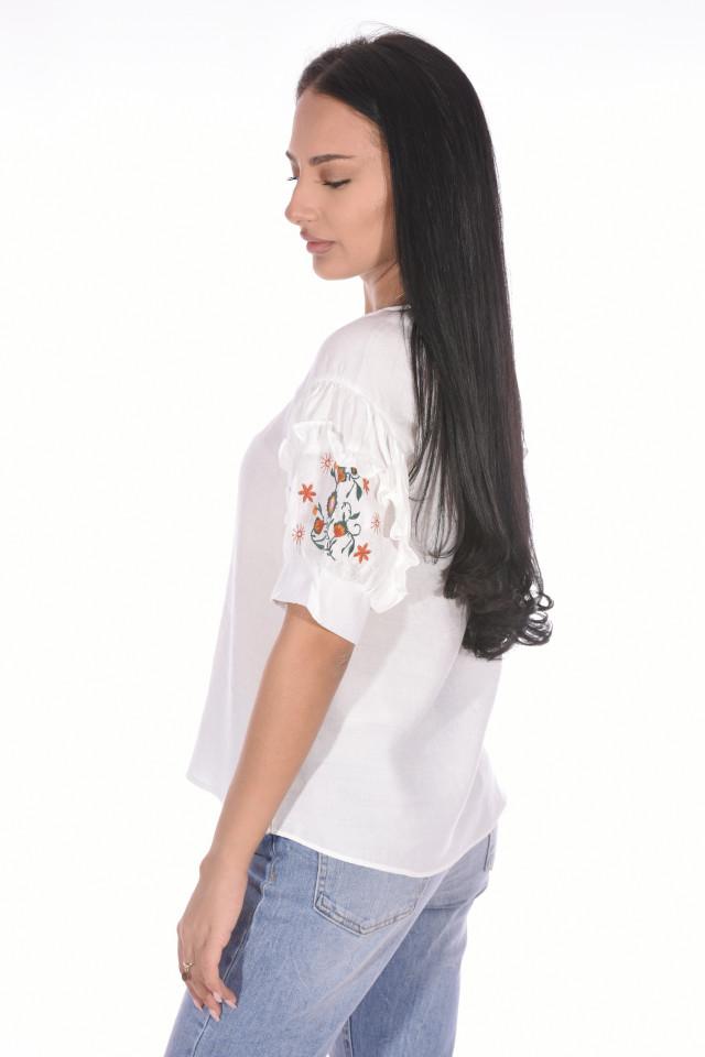 Bluza dama cu maneca scurta si broderie florala-alb-
