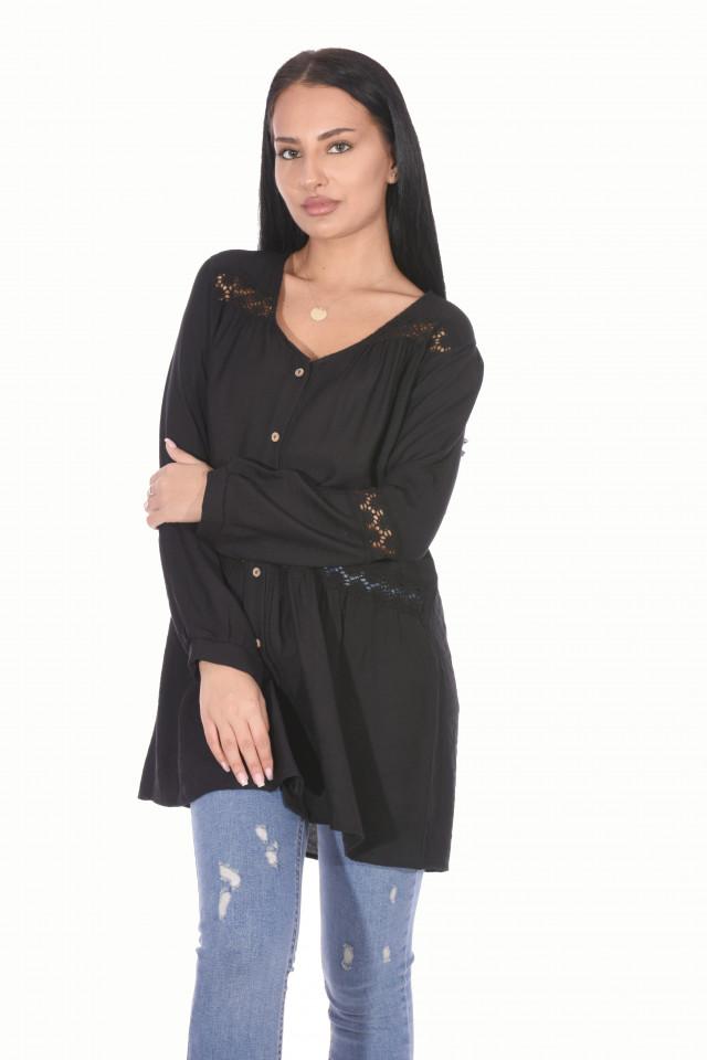 Bluza lejera cu broderie- negru-E