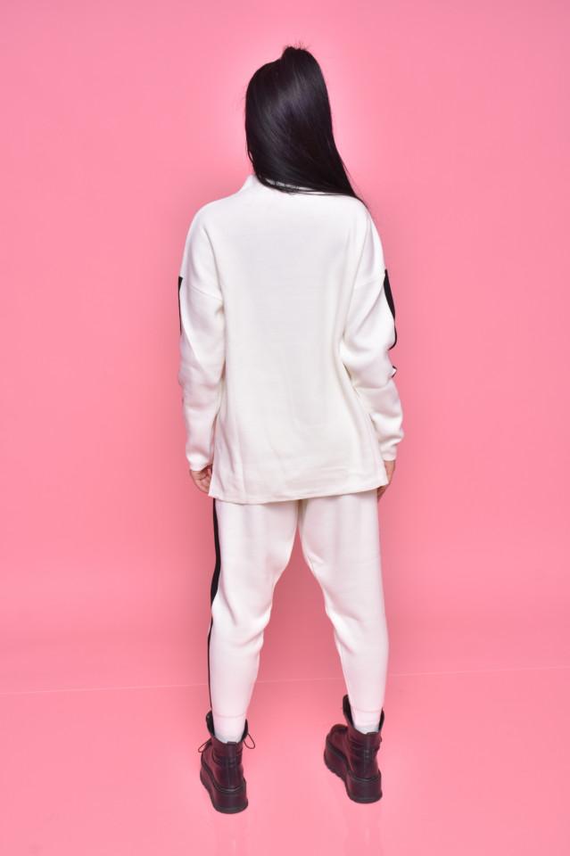 Compleu dama Alma doua piese din tricot alb